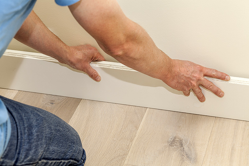 Installing Skirting Boards